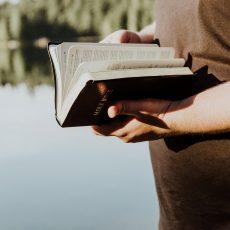 A BIBLICAL WALK THROUGH CHRIST'S PASSION